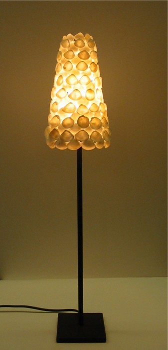 8LAMPE COQUILLAGES BLANCS