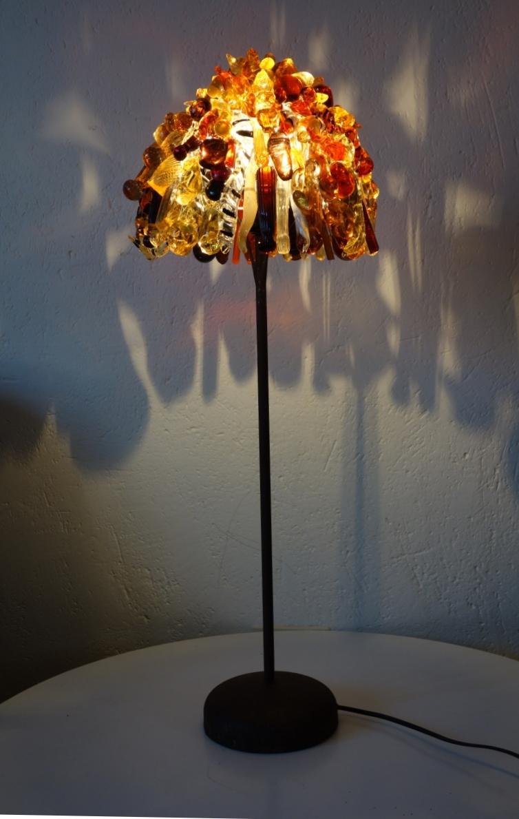 lampe jaune entière